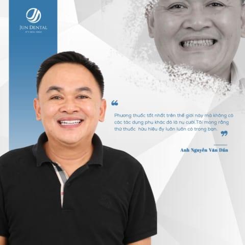 Nhìn vợ làm răng đẹp nên anh Dần – chồng của chị Hiền cũng quyết định đi làm răng thẩm mỹ