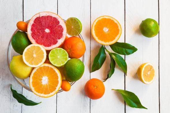 Những loại quả này có chứa lượng vitamin cực lớn giúp tẩy trắng răng hiệu quả và chống lại sự xâm nhập của các loại vi khuẩn gây hại